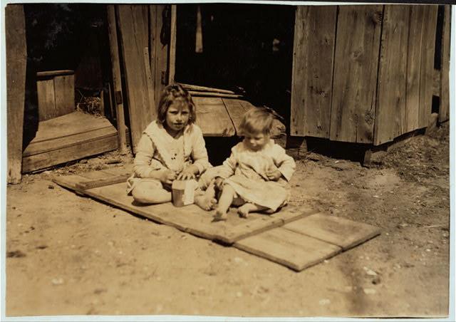 Oklahoma City, Oklahoma. / L.W. Hine. (April 1917)