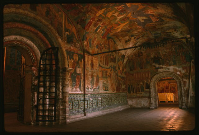 Church of Elijah the Prophet (1647-50), interior, west gallery, west portal, with ceramic ornament and frescoes including Last Judgement (1715-16), Yaroslavl, Russia (c1992) (Photo: William Craft Brumfield)
