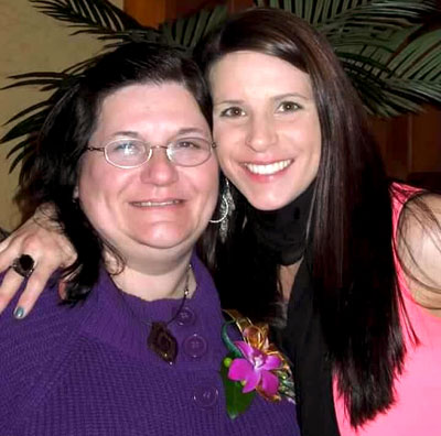 Tracie Kurczy-Lussier and her mother, who was diagnosed with early-onset Alzheimer's at just 52 years old.