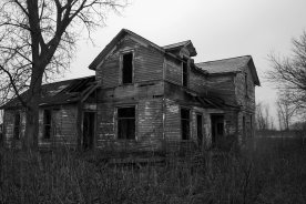theaccidentseason abandoned house1
