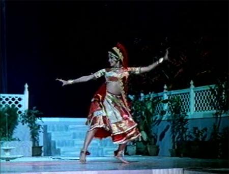 asha_dance_sajan
