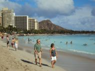 Diamond Head stands majestically in the background.