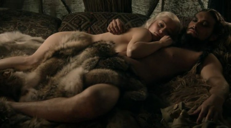 Daenerys Targaryen (Emilia Clarke) & Khal Drogo (Jason Momoa) laying happy after sex
