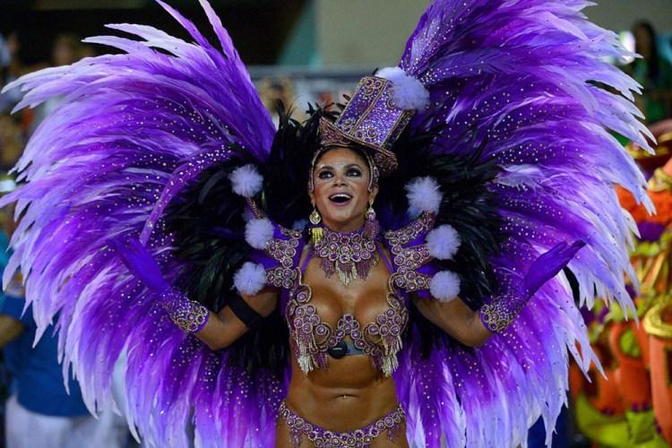 TOPSHOTS-BRAZIL-CARNIVAL-RIO-PARADE-UNIAO DA ILHA