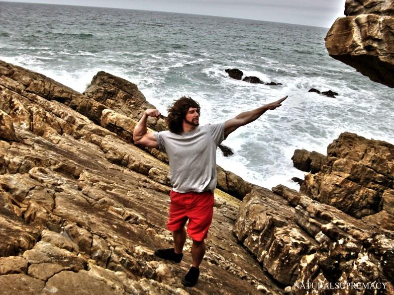 hansamb_naturalsupremacy-ocean-rocks.jpg
