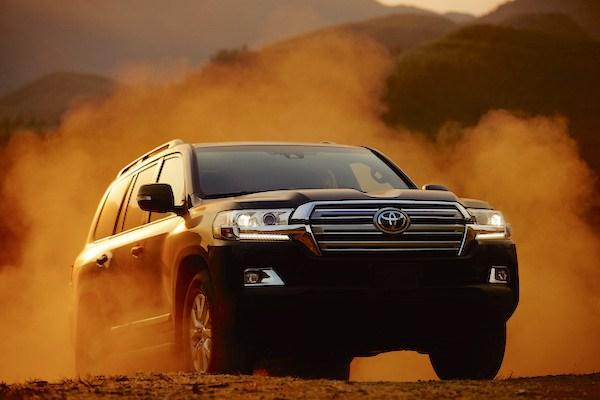 Toyota-Land-Cruiser-Bahrain-April-2016