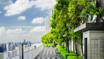 Retail real estate needs Paris-Proof decarbonisation strategy