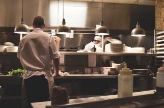 吸引人群如何吸引更多顾客光顾餐厅