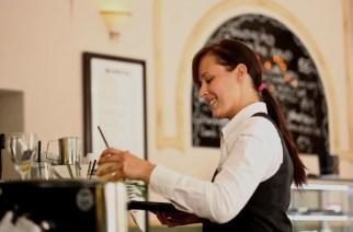 如何确保初创餐厅的优质服务
