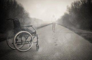 根据您的出行需求选择合适的电动轮椅