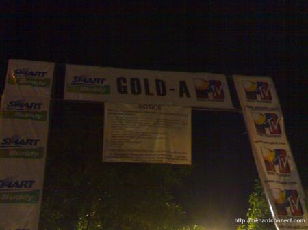 03072009-eheads-concert-gold-A-entrance