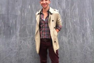 summer streetwear look. der perfekte mix aus Trenchcoat und einer lässigen Chino.