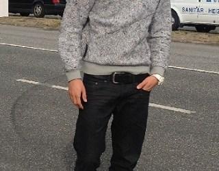 street-look-sneaker-hoodie