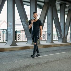 Geile Chelsea Boots Herren von H by Hudson in schwarz. Perfekt für Business Outfits und Street Looks.