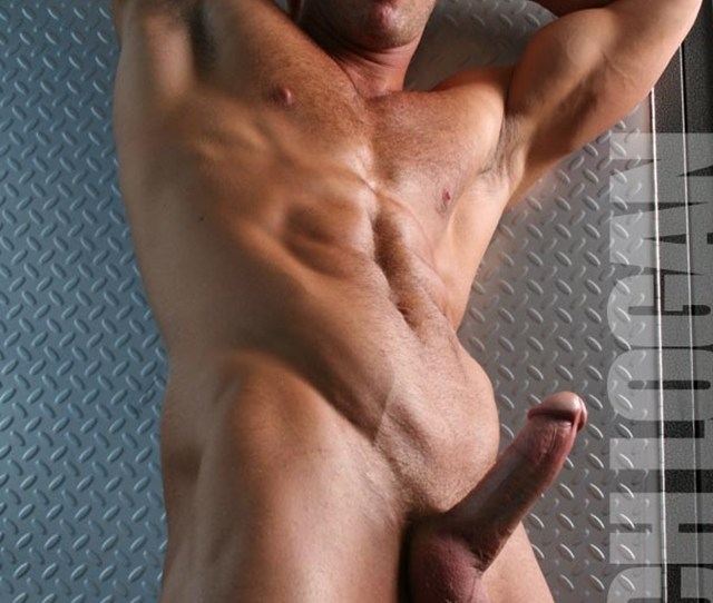 Newest Gay Muscle Men Pictures