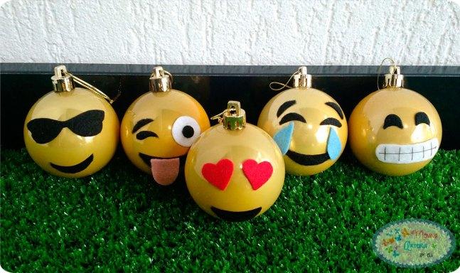 bolinhas-de-natal-emoji-1