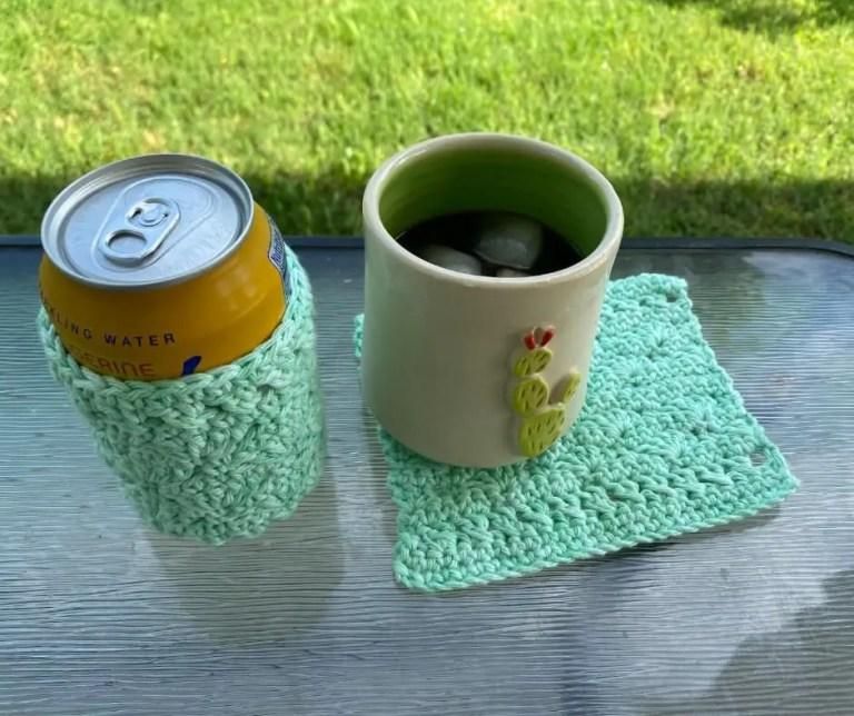 Free drinkware set crochet pattern – Wave Catcher Drinkware Set