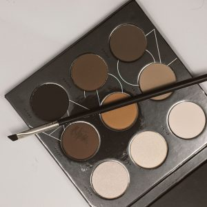 A Brow Makeup Palette to illustrate the Brow and Lips Module