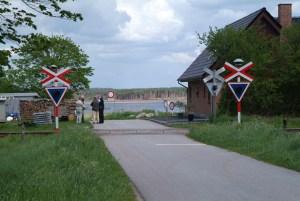Bølling Sø set fra jernbaneoverskæringen ved Moselund sommeren 2005