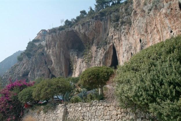 Grimaldi-hulerne