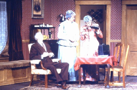 1984 Arsenic & Old Lace (3)