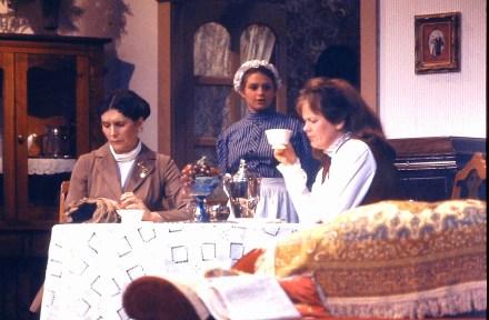 1996 A Doll House (3)