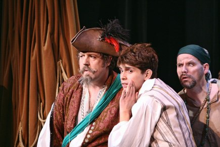 2013 Pirates of Penzance (3)