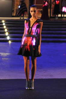 Vestido-con-luces-led-blog-menoswatios
