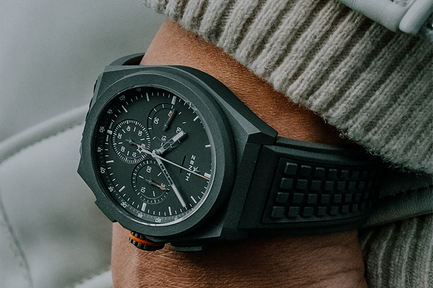 Defender Tribute door Zenith met de Defy 21 Land Rover Edition