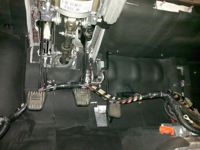 звукоизоляция моторного щита приора
