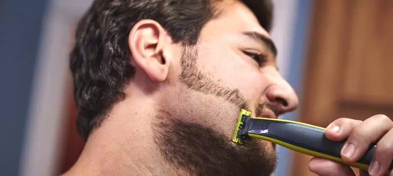 Dry Shaving Tips with Razor Blades