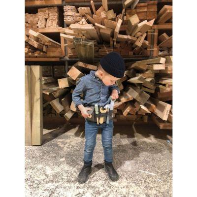 Gereedschapsriem met houten tools