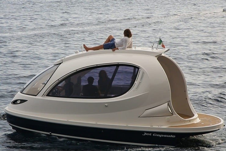 Jet Capsule Mini Yacht Mens Gear