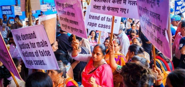 People at MenToo Protest