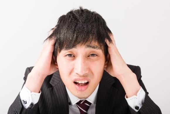 男が30代になったら考える『抜け毛と薄毛』の傾向と対策