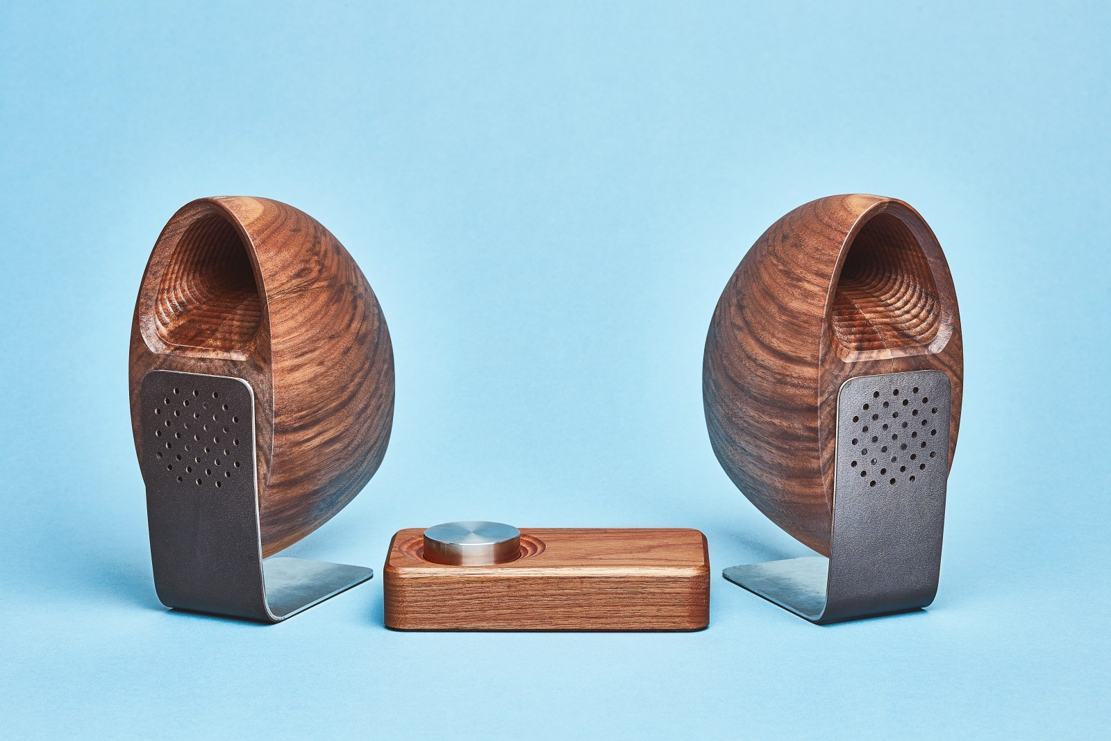 Grovemade - Speaker System - Blue Background - Walnut