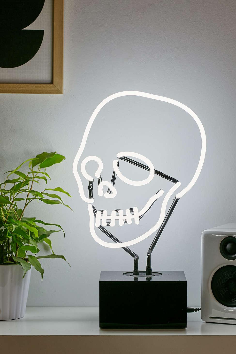 Neon Skull Lamp