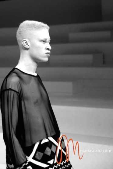 Shaun Ross - Velsvoir Maria Scard Fashion Forward Dubai Fashion Week 2014 (3)