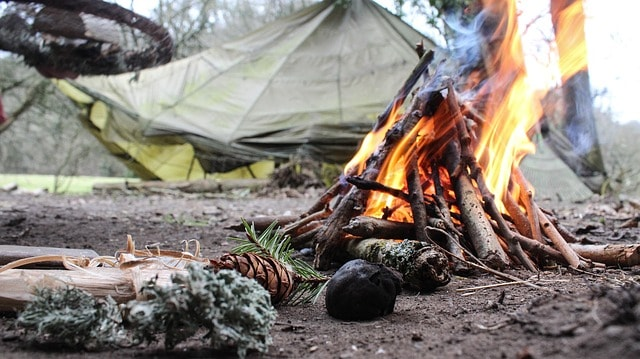 Fire building for survival. How to build a fire