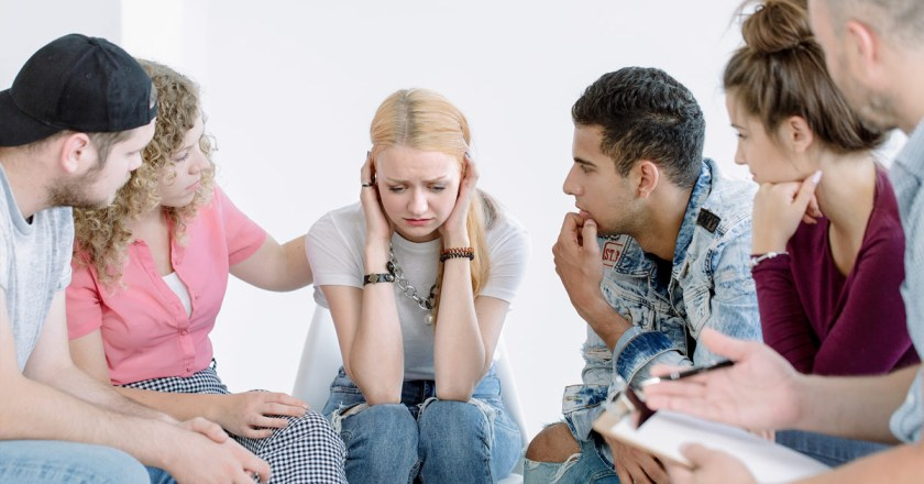 troubled teen in group setting