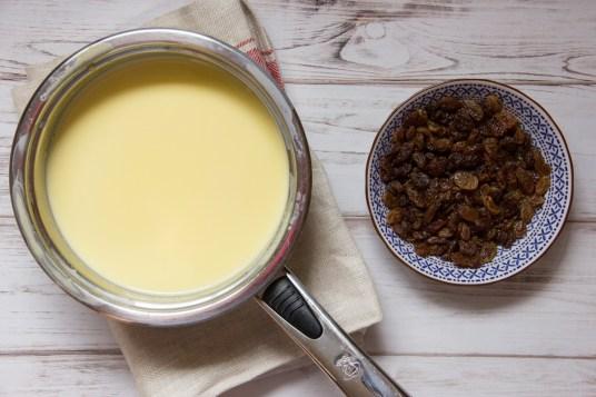 Gelato malaga con uvetta e rum senza gelatiera