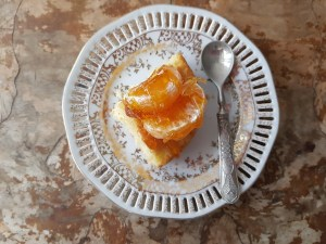 fetta torta morbida ai mandarini e caramello