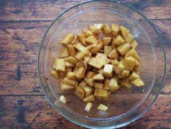 mele con zucchero e limone ec annella per apple pie