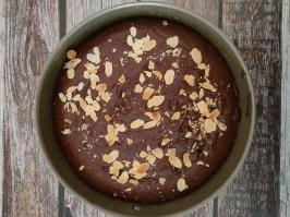 Torta vegana al cioccolato e allo zenzero