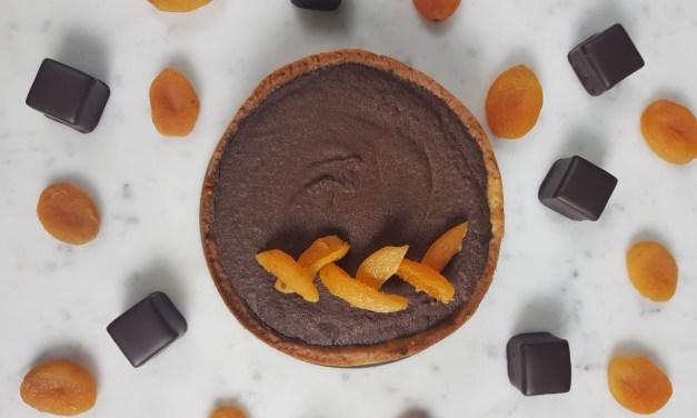 Crostata Sacher: rivisitazione della torta al cioccolato