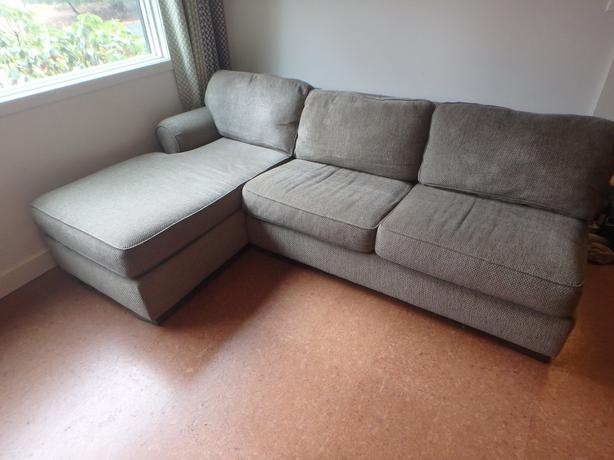 Bauhaus Sectional Sofa With Chaise Centerfieldbar Com : bauhaus sectional couch - Sectionals, Sofas & Couches