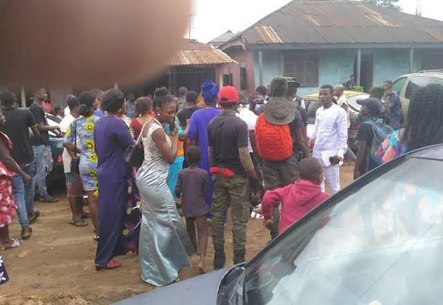 Sugar Mummy Hires Thugs To Disrupt Her Younger Lover's Traditional Wedding In Lagos, Collects Car She Bought For Him