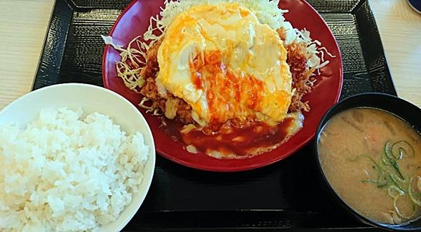 かつや新メニュー「オムチーズチキンカツ定食」2018年5月25日実物