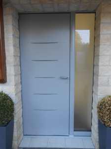 Porte contemporaine aluminium