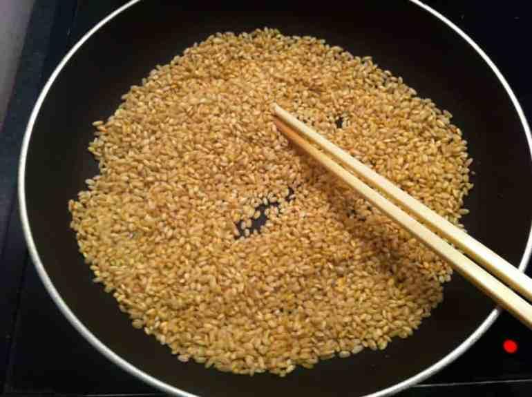 Nước gạo rang chữa tiêu chảy hiệu quả
